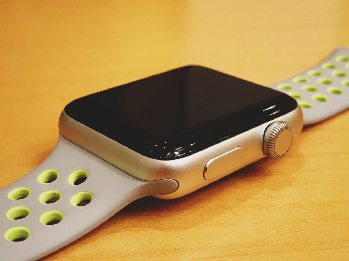 Table Runners Target Apple Watch Nike+ Review